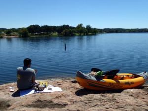 Island picnic via kayak